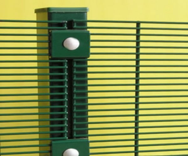 358 Secure Mesh Panels For High Security Fencing And